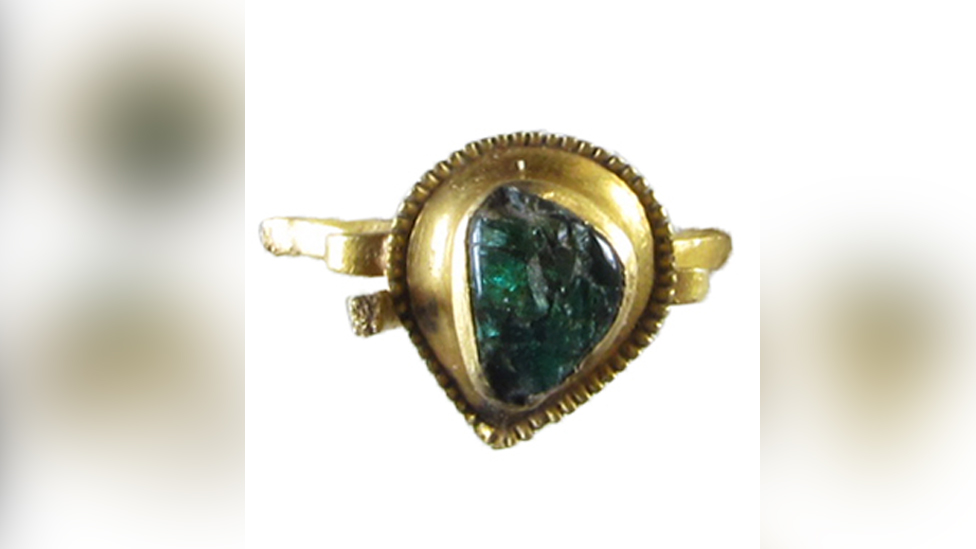 Medieval emerald ring