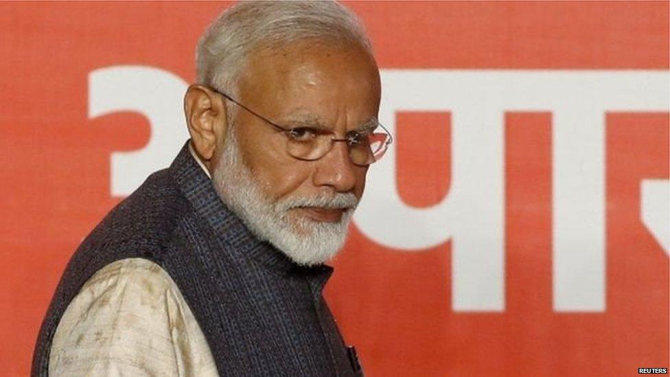 अमरीकी कारोबारी जॉर्ज सोरोस ने कहा, भारत को हिंदू राष्ट्र बना रहे हैं मोदी: प्रेस रिव्यू
