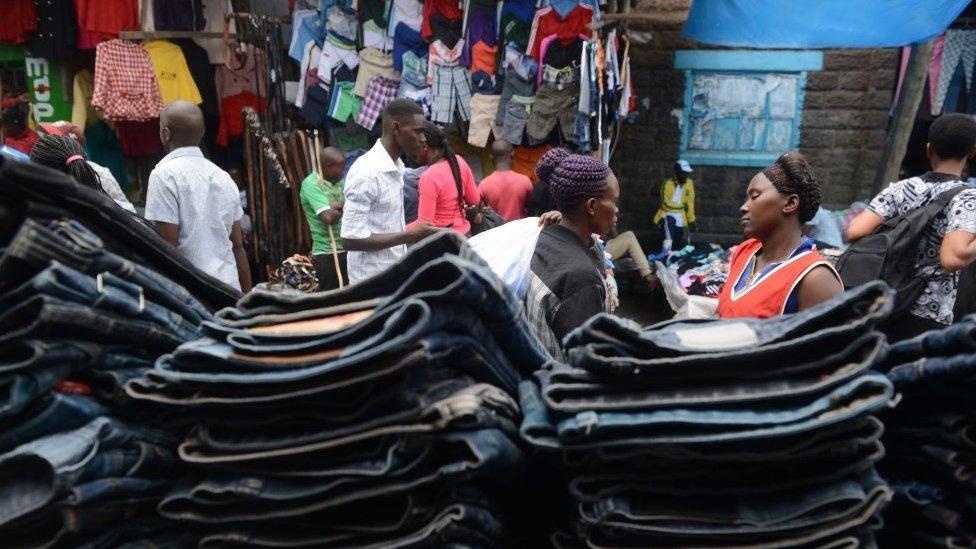Women conversing at the Gikomba market