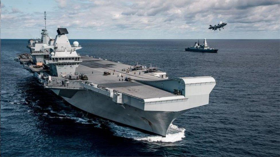 """英國首相約翰遜承諾要恢復英國""""歐洲第一海上強國""""的地位,""""復興英國造船業""""。圖為英國的新航母伊麗莎白號"""