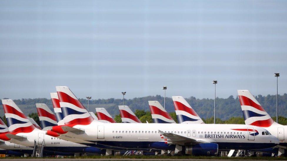 世界各地很多航空公司都停飛