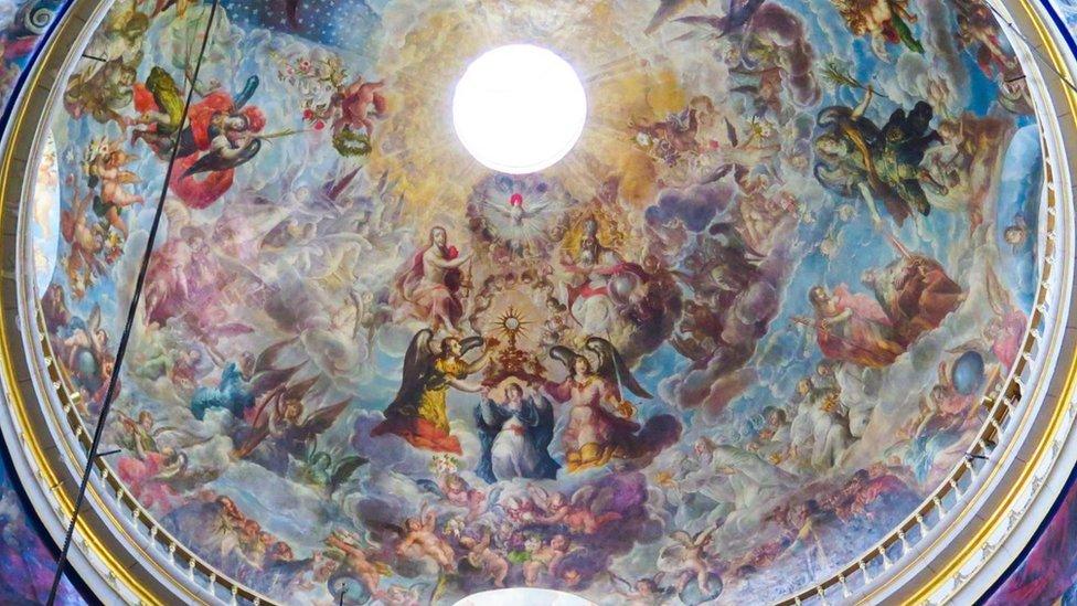 Fresco de Villalpondo en la catedral de Puebla