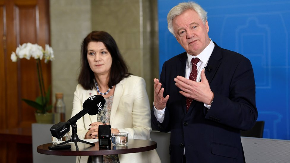 Sweden's minister for Foreign Affairs Ann Linde and British Secretary of State for Exiting the European Union, David Davis