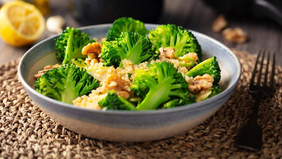 Plato con brócoli