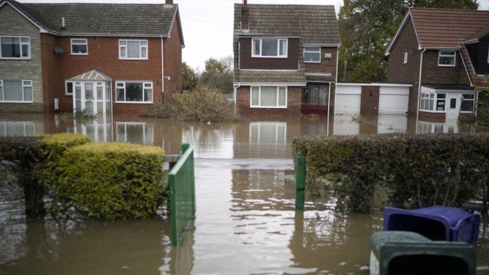 Flooded homes in Fishlake
