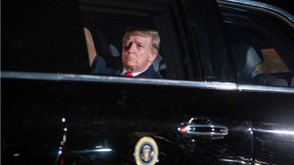 """يقول أوستر إن ترامب مصمم على البقاء في السلطة و""""سيفعل ما في وسعه لتحقيق ذلك"""""""