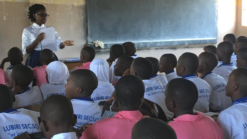 A Mandarin class at Lubiri Secondary School in Kampala, Uganda
