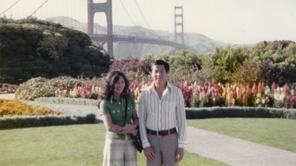 Ted y Christy frente al Golden Gate