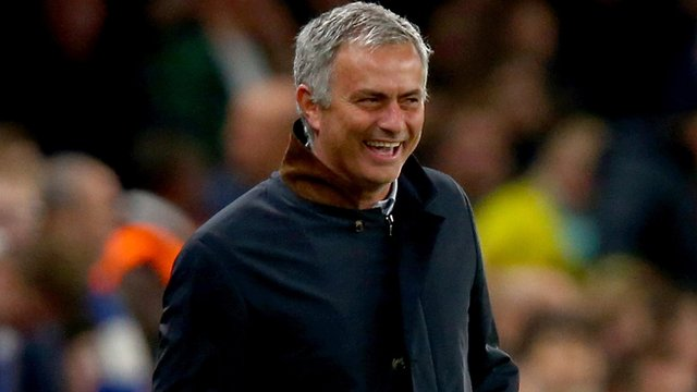 Chelsea manager Jose Mourinho smiles during his side's 2-1 win over Dynamo Kiev in the Champions League