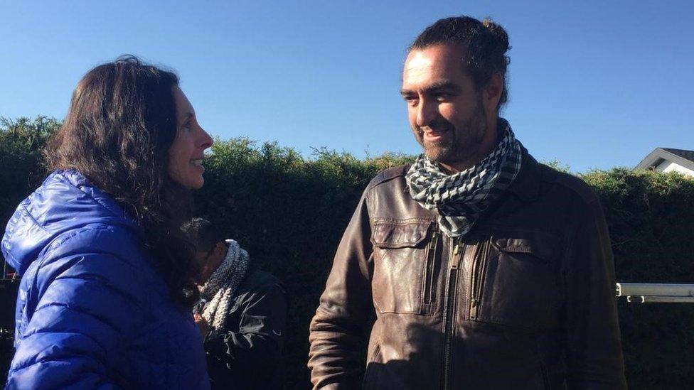 Marcela Said junto al director de fotografía español Luis Sansans