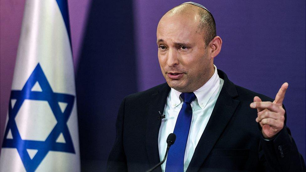 В Израиле - новый кабинет во главе с Нафтали Беннетом. 12-летняя эра Нетаньяху у власти завершена