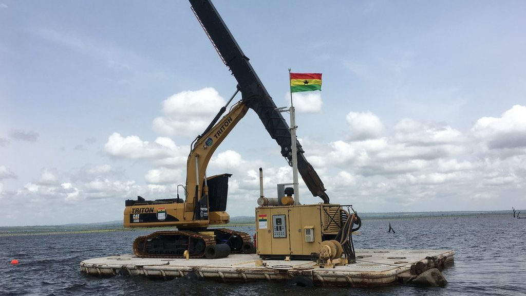 El transporte de bienes por la vía marítima puede ser más eficiente en términos de uso de combustible que por tierra.