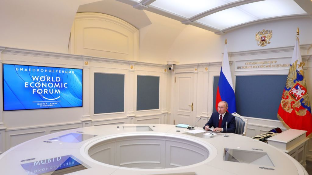 Путин выступил в Давосе. Он посетовал на рост популизма и социального расслоения в мире