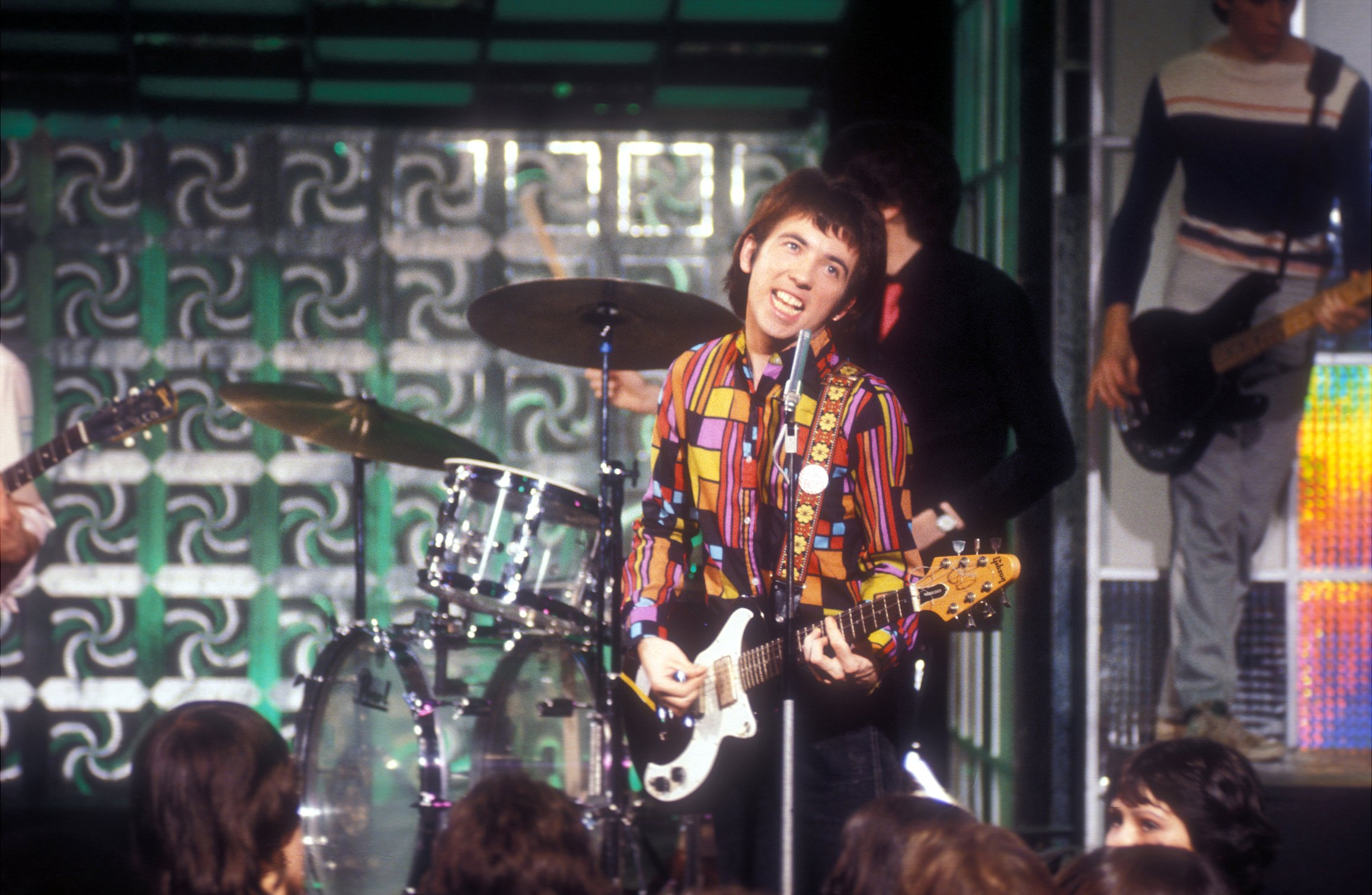Pete Shelley performing Love You More on Top of the Pops in 1978