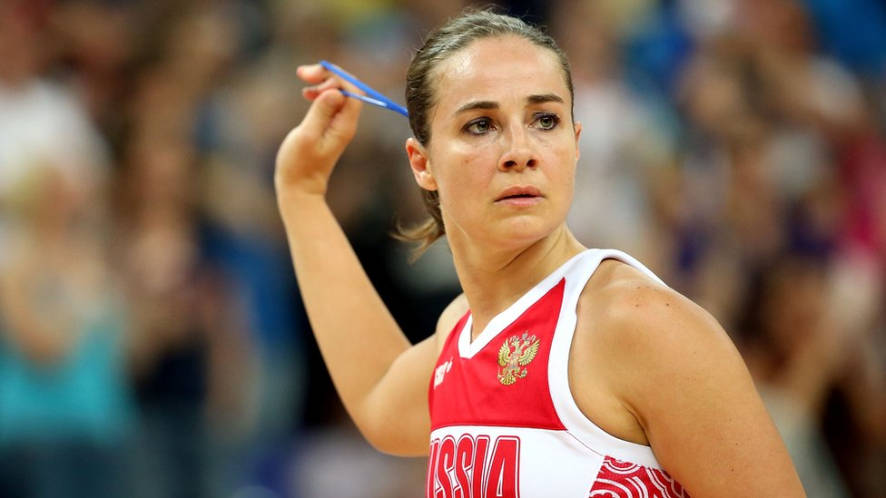 Becky Hammon, en un partido con la selección rusa.