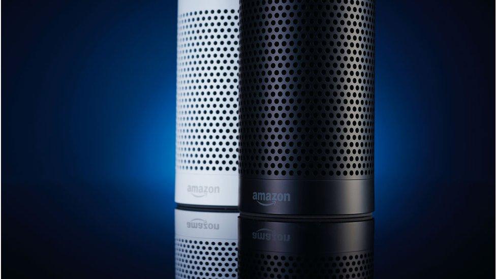 parlantes Echo de Amazon