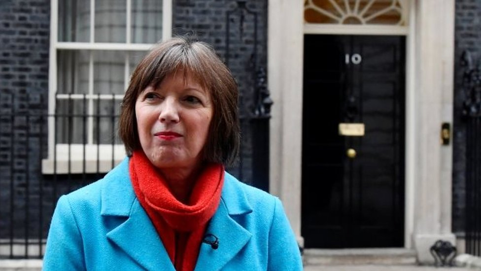 Brexit: Stop playing to Brexit 'bad boys' TUC chief tells May