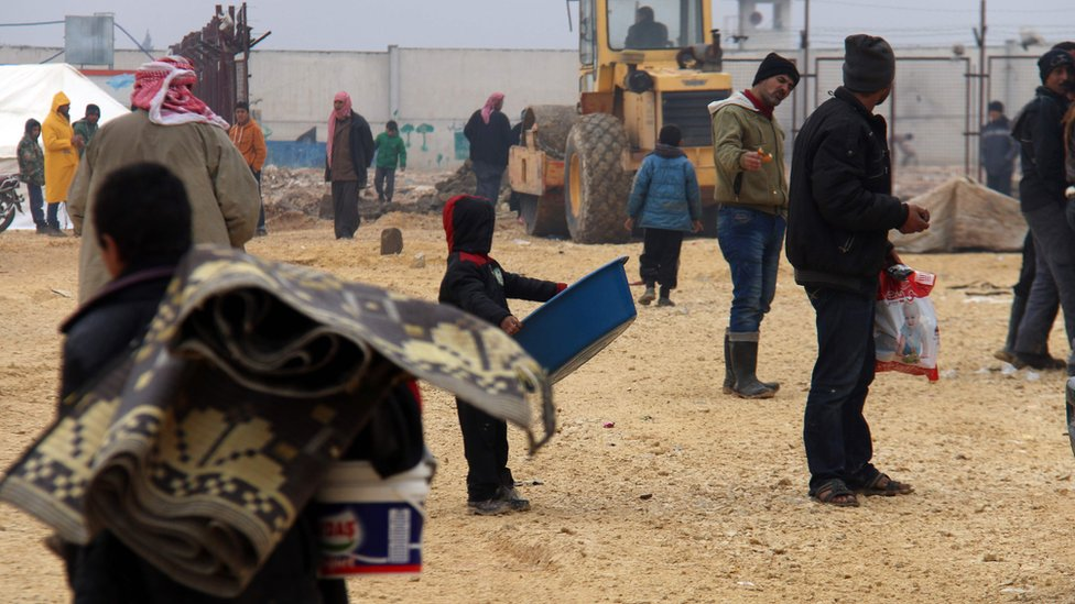 Displaced Syrians fleeing areas in northern Aleppo, at Bab al-Salama camp on Syria's northern border with Turkey. 12 February 2016