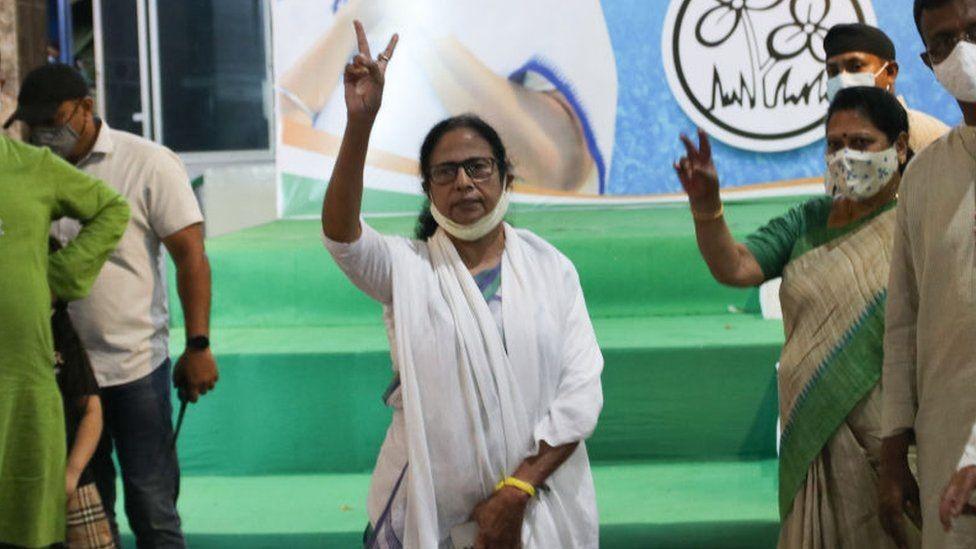 ماماتا بانيرجي منتقدة لاذعة لمودي.