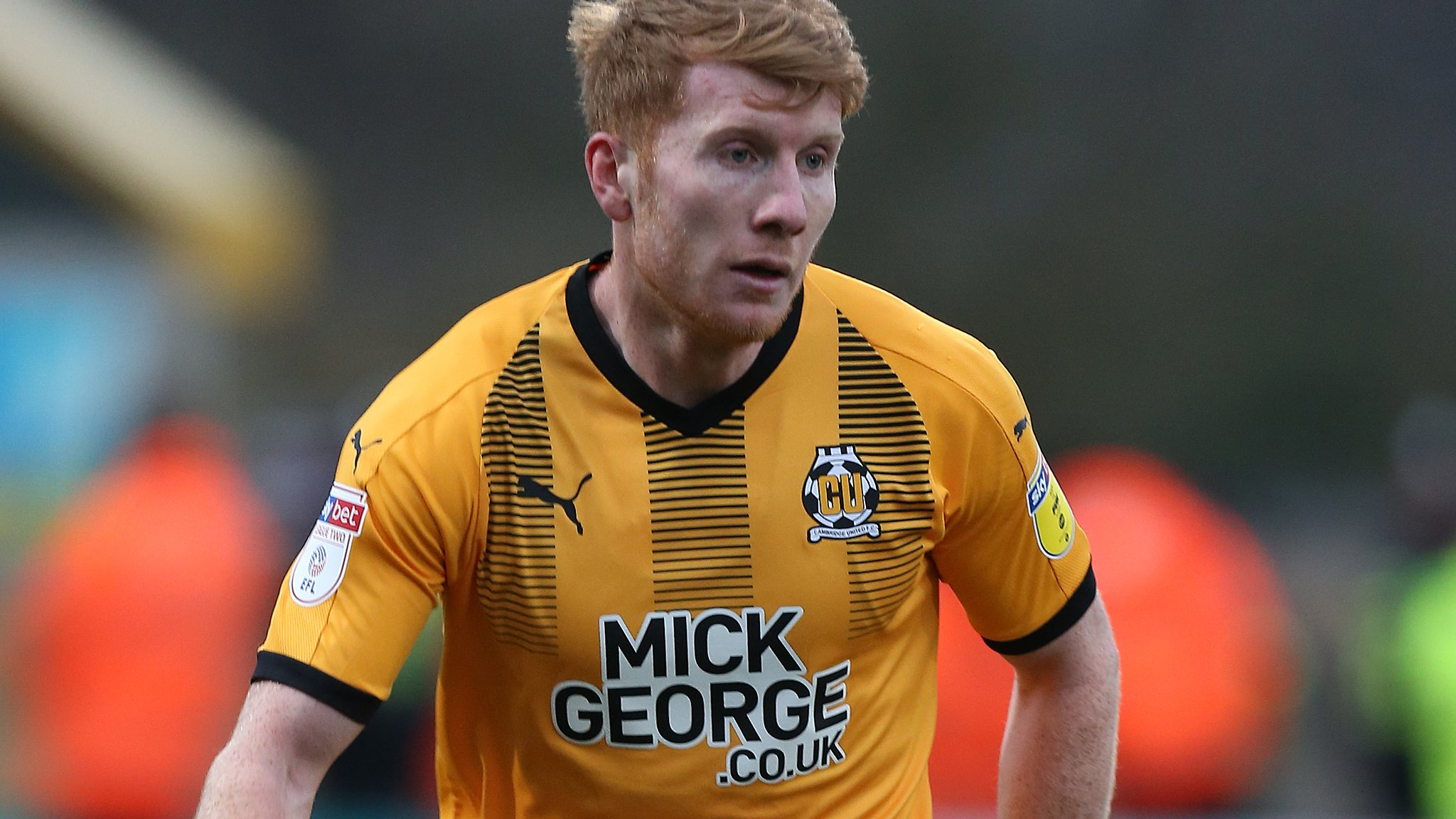 Brad Halliday: Doncaster Rovers sign Cambridge defender on two-year deal