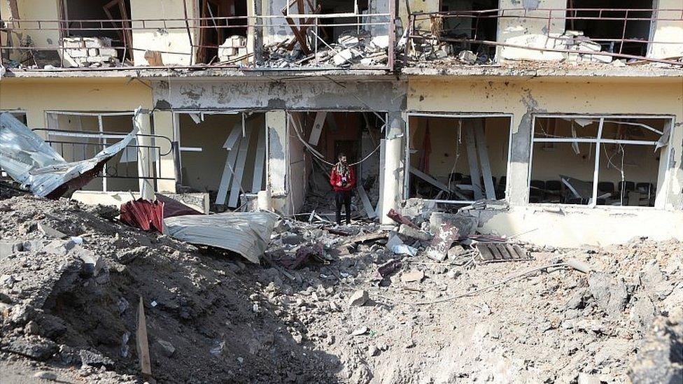 Война в Карабахе, день 33-й: азербайджанская армия подошла к Шуше