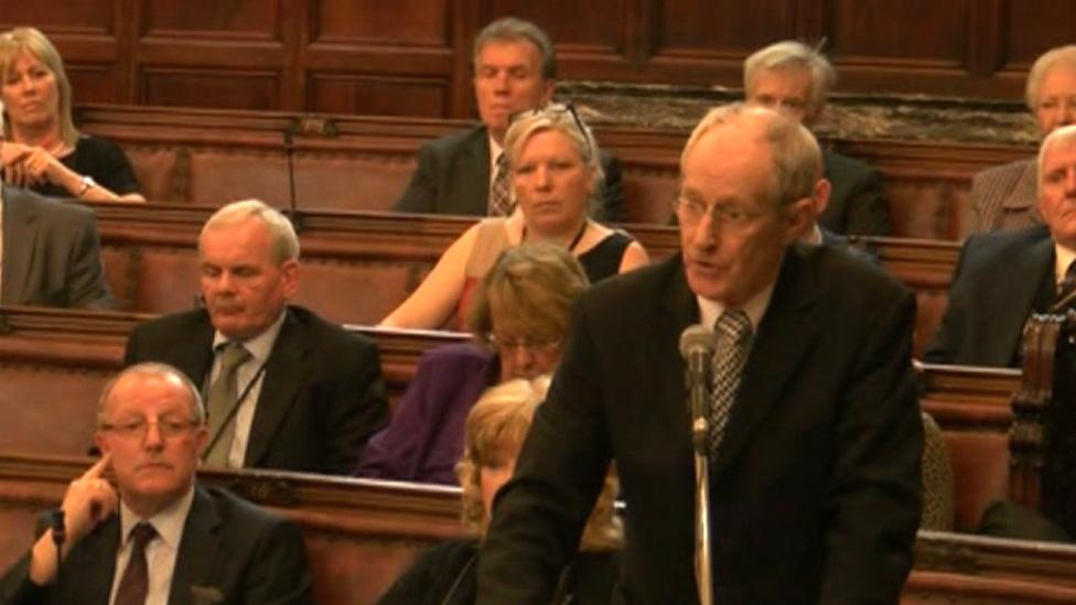 Wakefield Council Labour leader survives no confidence vote