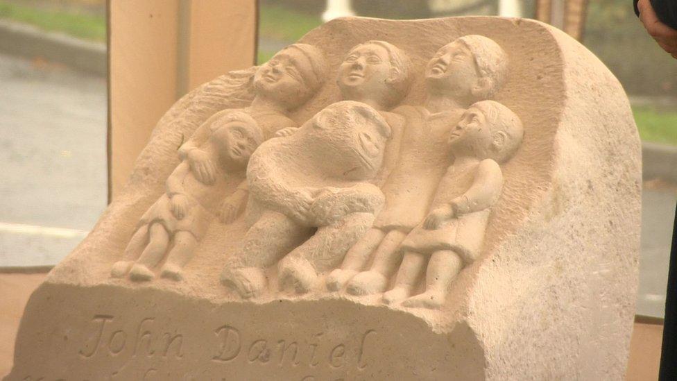 Memorial sculpture of Uley's gorilla John Daniel unveiled