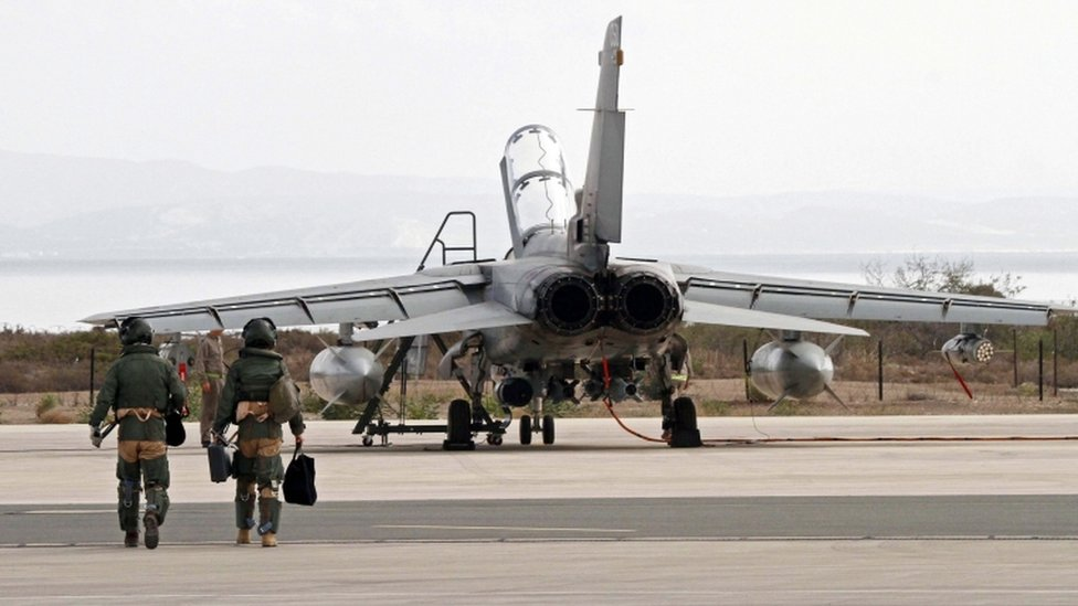 RAF plane and crew