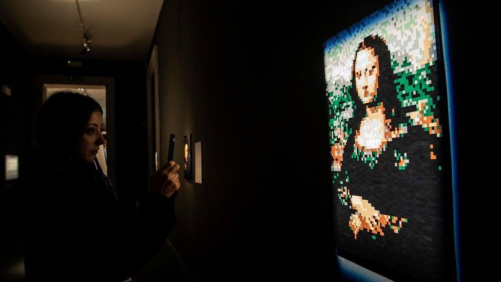 La Mona Lisa hecha de ladrillos Lego.