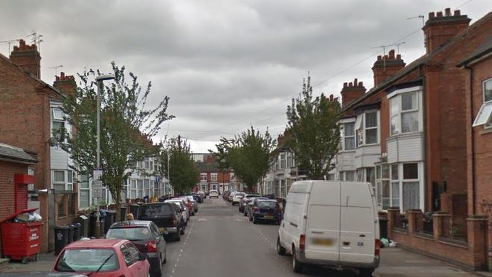 Arrest after man is shot in leg in Leicester street