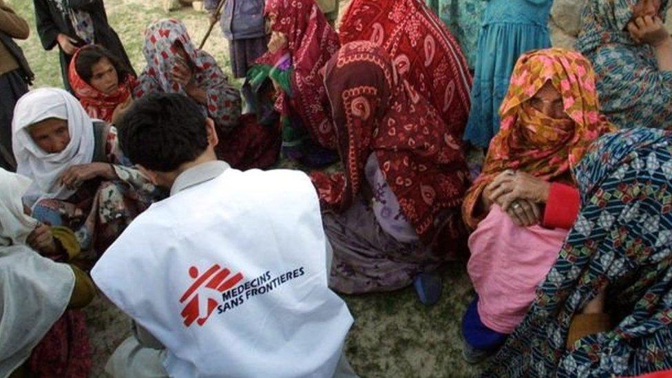 أطباء بلا حدود توظّف الآلاف في المجالين الطبي واللوجستي، أغلبهم من السكان المحليين