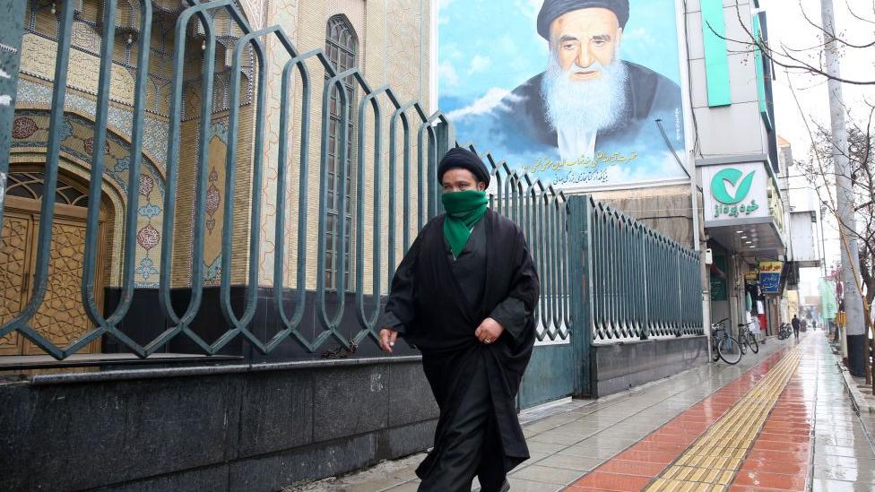 تأجيل صلاة الجمعة في ايران