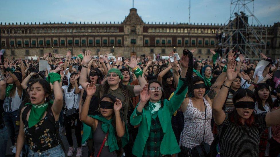 Una manifestación en el Zócalo de Ciudad de México