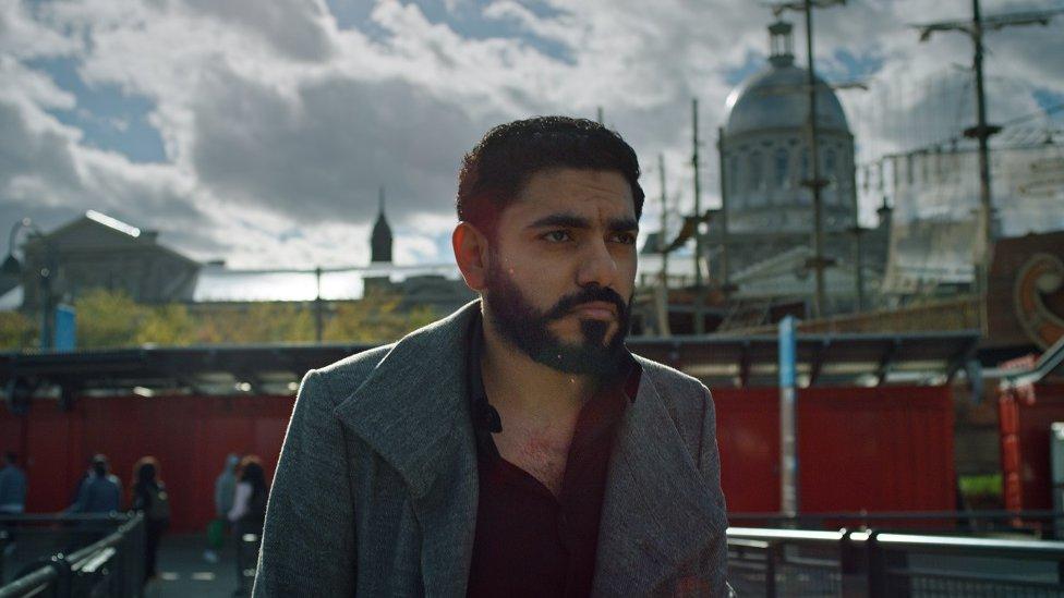 قدم المدون عمر عبد العزيز القريب من خاشقجي شهادة في الفيلم