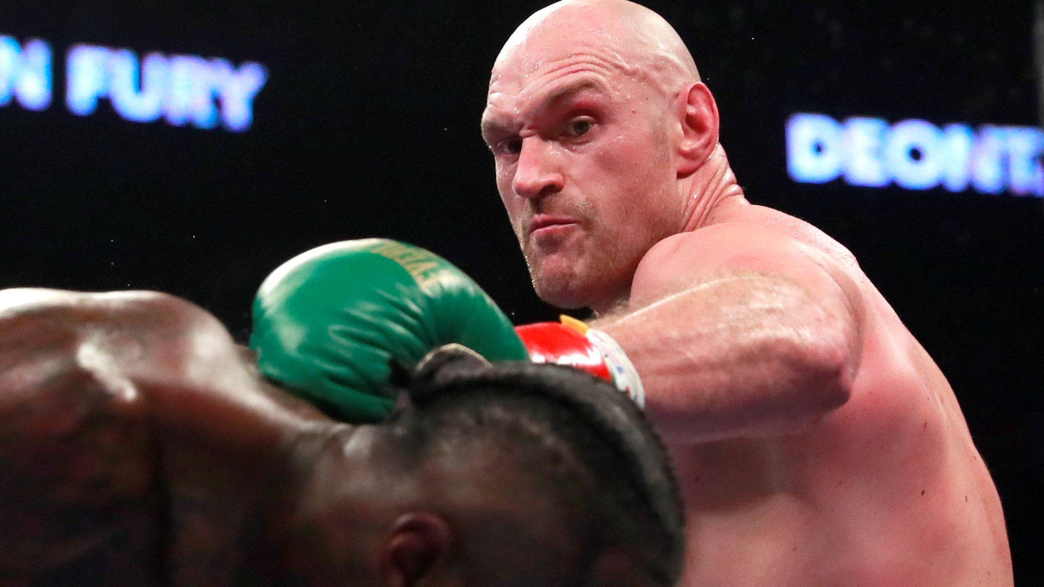 Tyson Fury signs ESPN fight deal worth reported £80m
