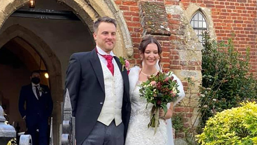 Coronavirus Couple Rearrange Wedding To Beat England Lockdown Bbc News