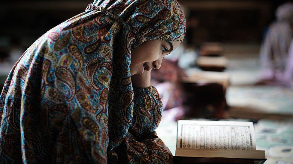 """ما هي """"فرحة أطفال الخليج"""" في ليلة منتصف رمضان؟"""