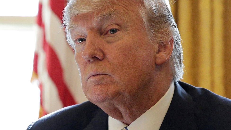 دونالد ترامب في المكتب البيضاوي - فبراير/شباط 2017