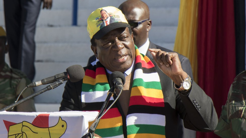 Zimbabwean President Emmerson Mnangagwa addresses farmers and businessmen