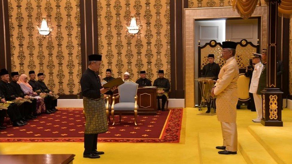 周日(3月1日),馬來西亞新總理穆希丁(Muhyiddin Yassin)宣誓就職。