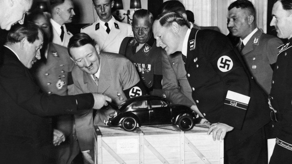 Los nazis buscaban lograr que con el ahorro de unos pocos marcos cada semana, cada familia alemana fuera capaz de comprar un auto.