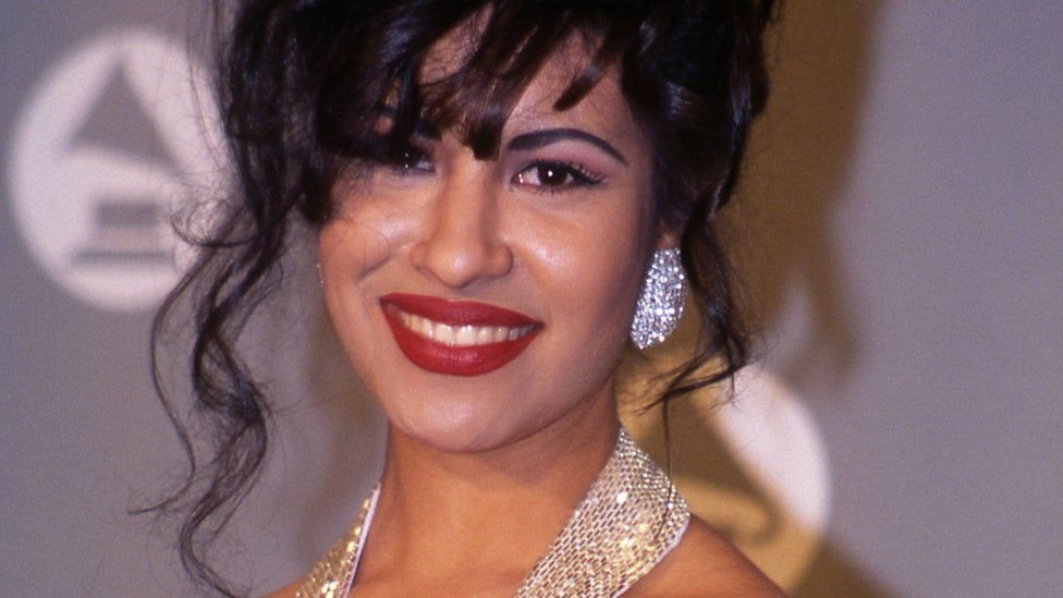 Selena en los premios Grammy en 1994.