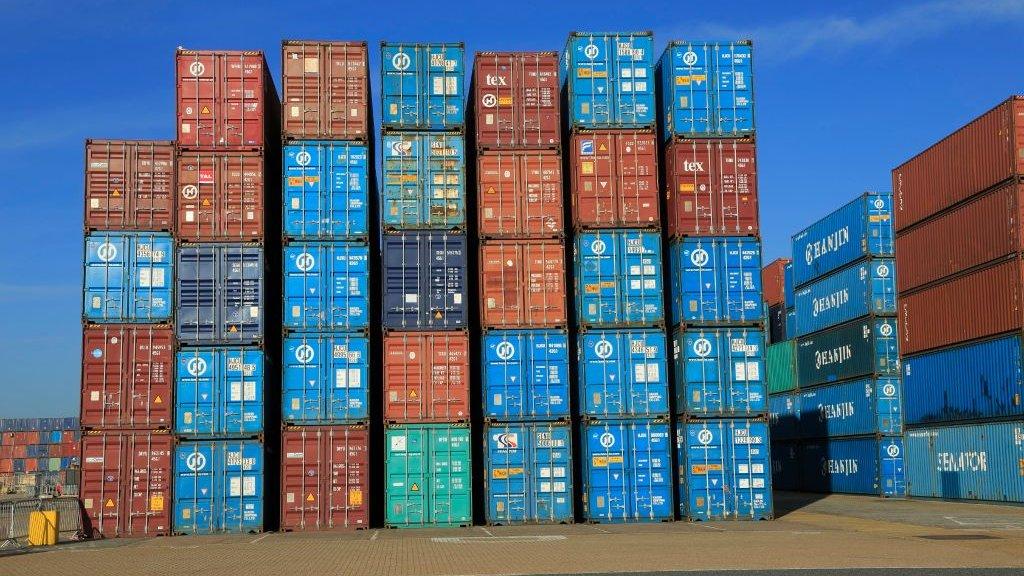 News Daily: Customs Bill scrapes through and hosepipe ban