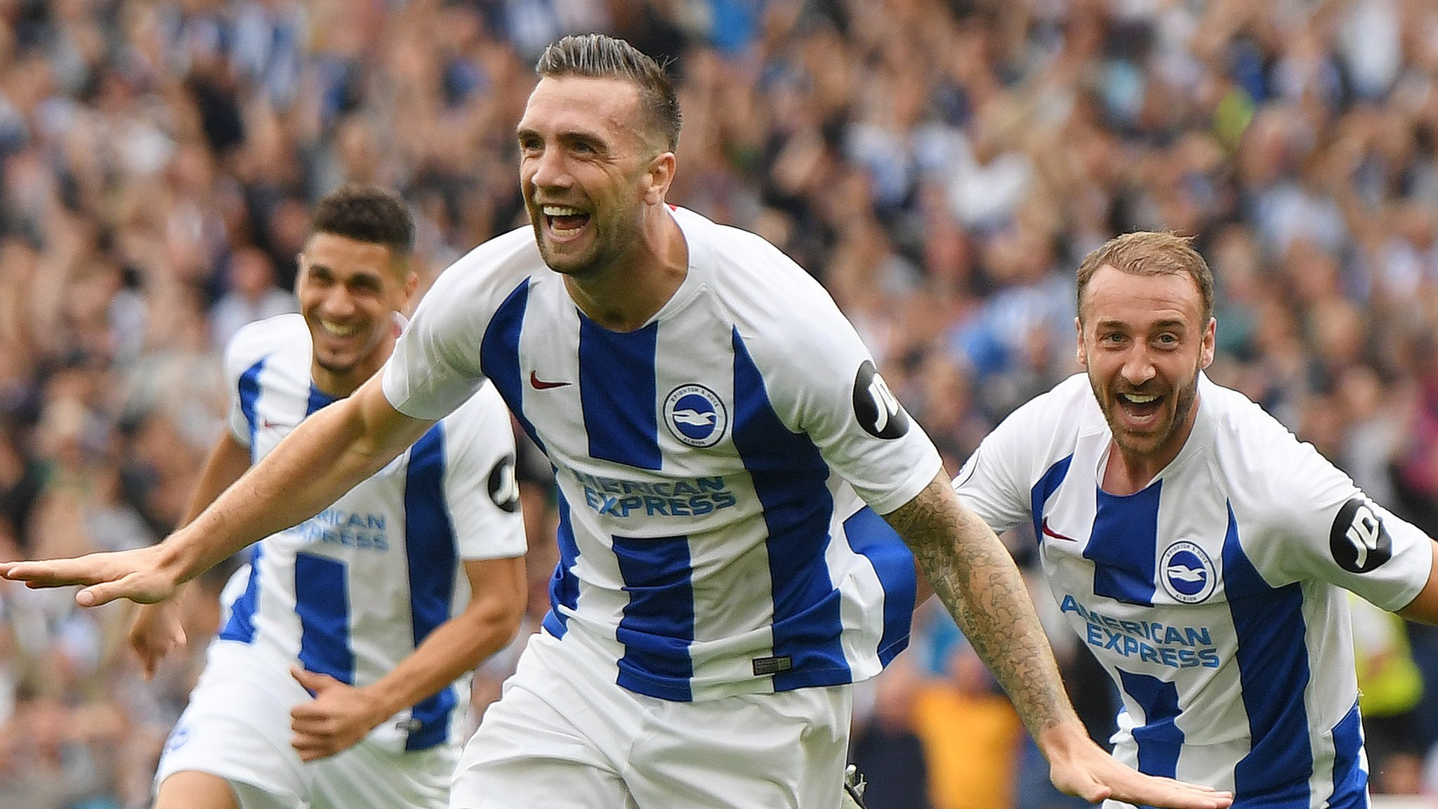Brighton 3-2 Man Utd: Brighton score three first-half goals to stun visitors