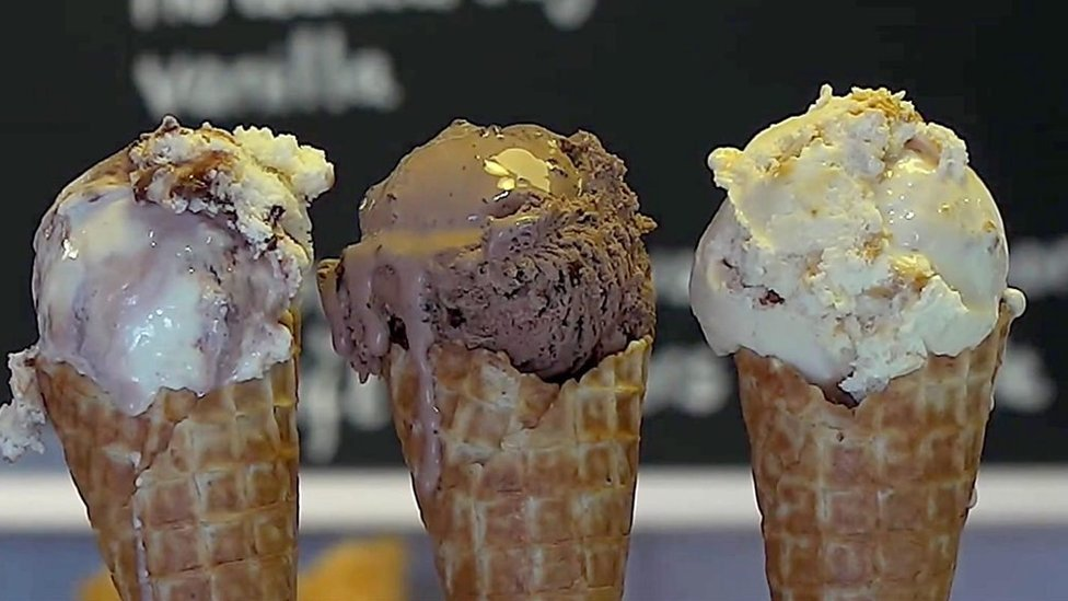 tri korneta sladoleda