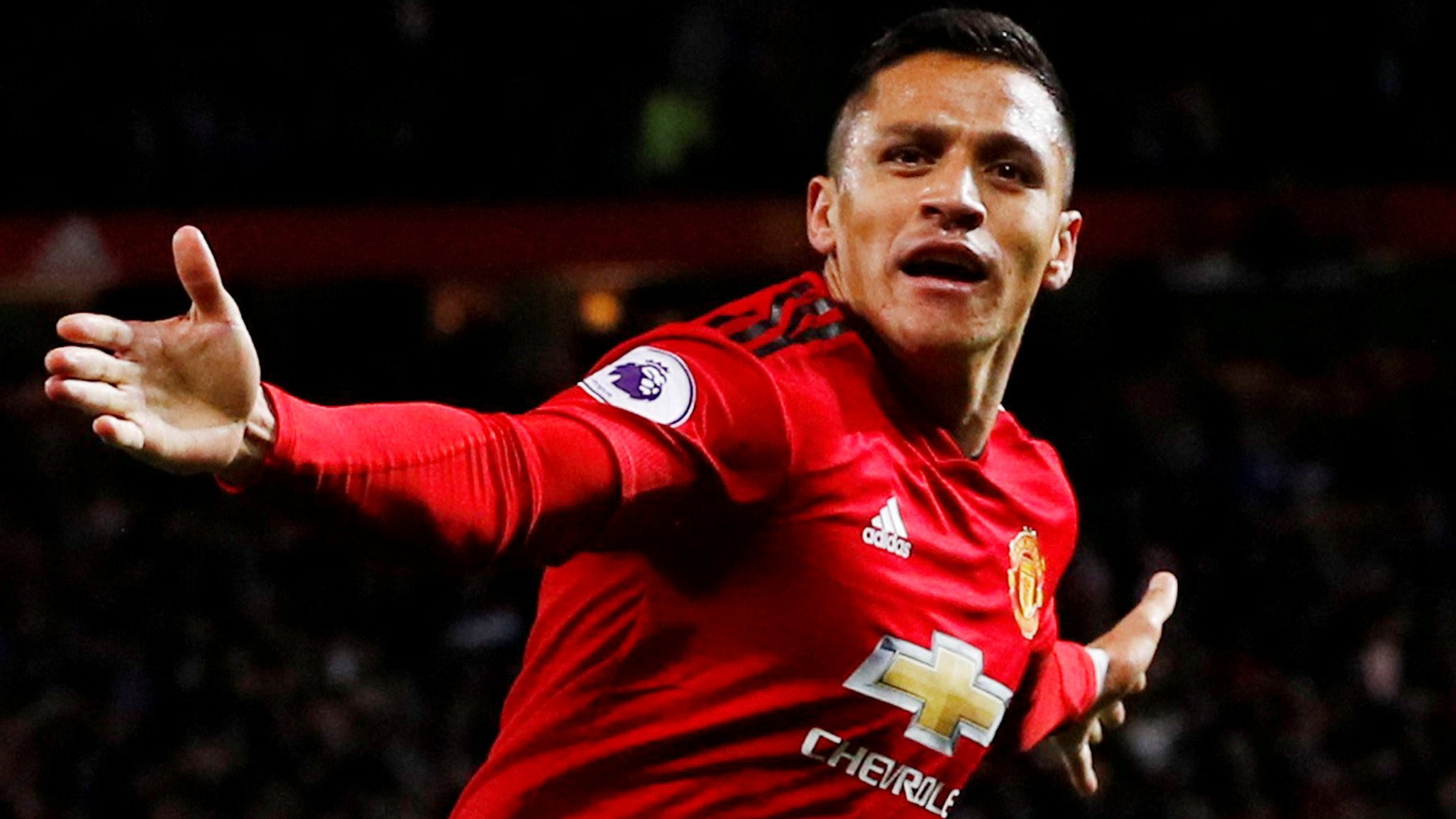Sanchez out, Ronaldo back for United's Juventus clash
