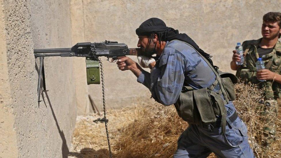 Türkiye destekli Suriyeli savaşçılar Resulayn bölgesinde
