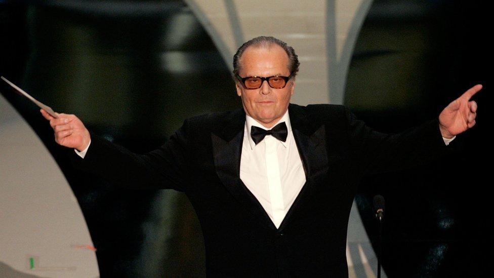 Jack Nicholson anuncia el Oscar de la Mejor Película en 2006