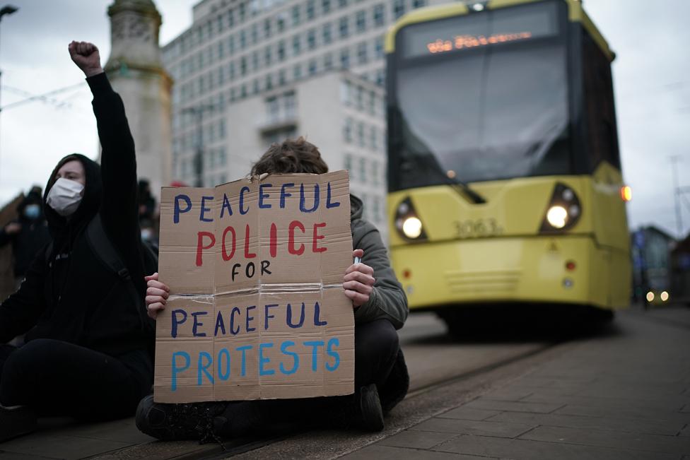 مظاهرات مناهضة لمشروع قانون الشرطة والجريمة الحكومي