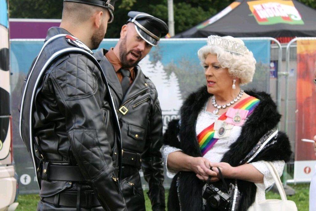 Roedd 'na sêl bendith brenhinol i Ŵyl Pride Cymru yng Nghaerdydd